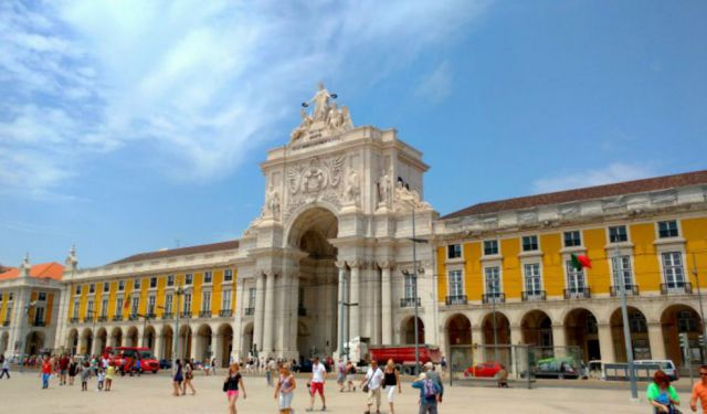 1 Day Group Tours in Portugal from Lisbon | ecoTours Portugal