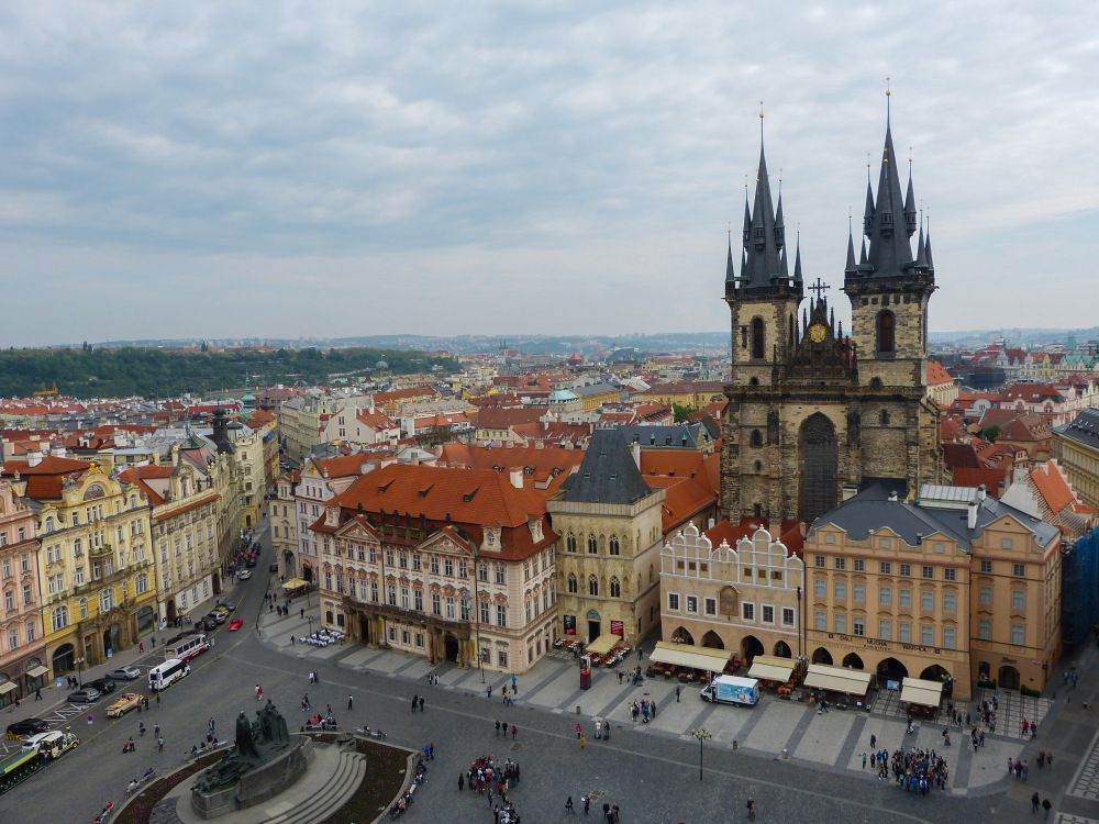 self guided walking tour prague