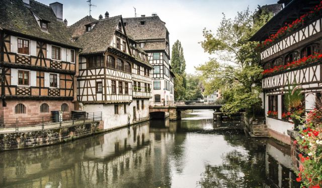 top 16 walking tours in strasbourg france to explore the city. Black Bedroom Furniture Sets. Home Design Ideas