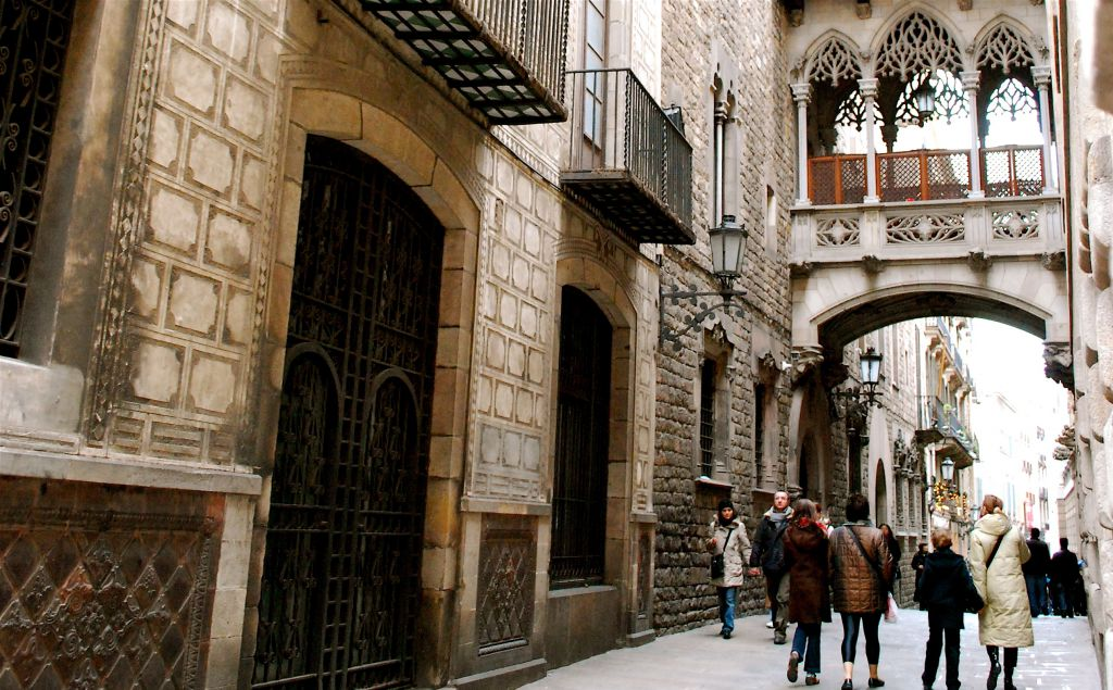 Gracia And Barri Gotic Shopping Barcelona Spain