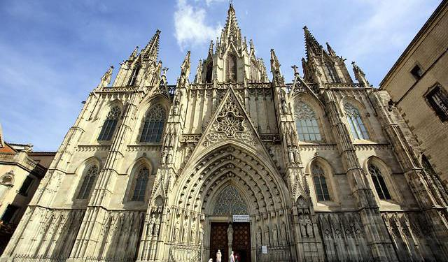 Religious Buildings of Barcelona Tour