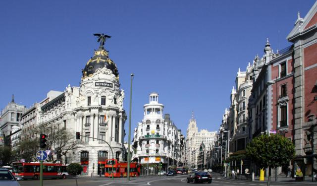 Gran Via and Sol Walk