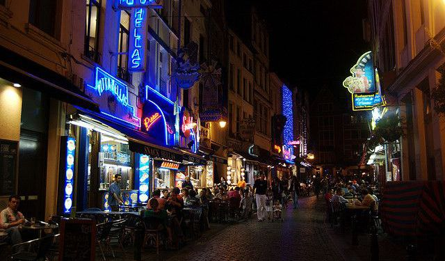 Central Brussels Nightlife Part 1