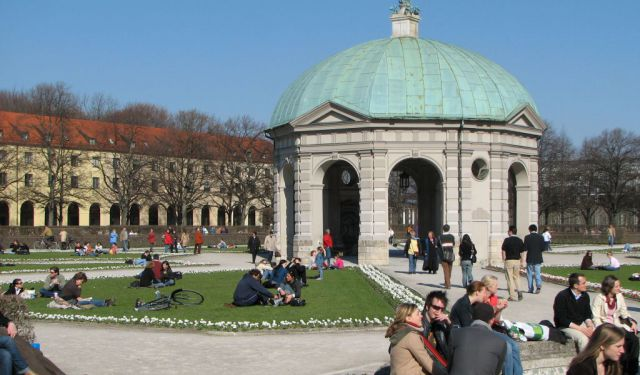 Hofgarten Area Walking Tour