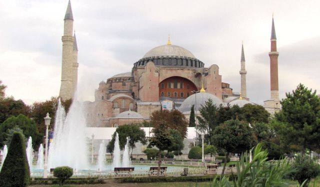 Walking Tour of the Churches of Istanbul