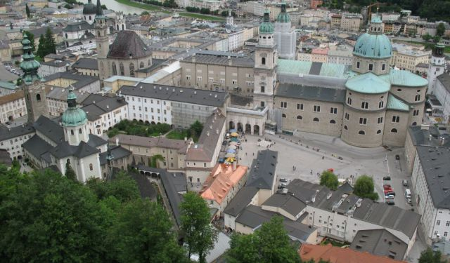 salzburg chat sites See the sites of baroque salzburg,  salzburg and alpine lakes full-day trip from vienna  chat with a specialist language.
