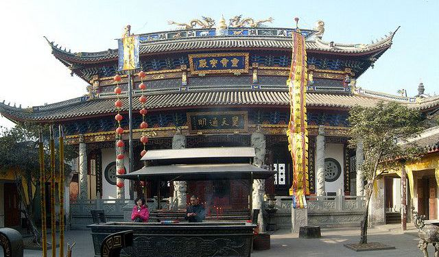 Religious Buildings Tour in Hangzhou