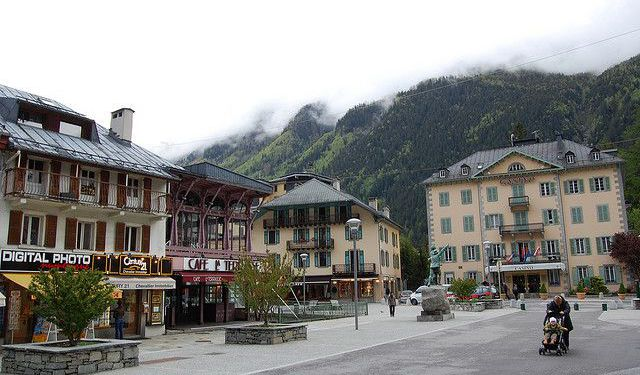 Everyday Life Tour in Chamonix