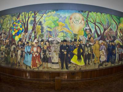 Top museums walking tour mexico city mexico city mexico for Diego rivera lenin mural