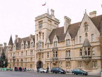 Oxford University Walking Tour Oxford England