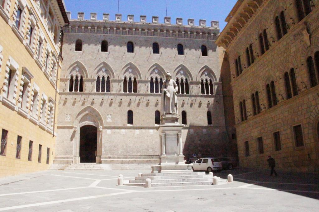 Historic Buildings Tour Of Siena Siena Italy