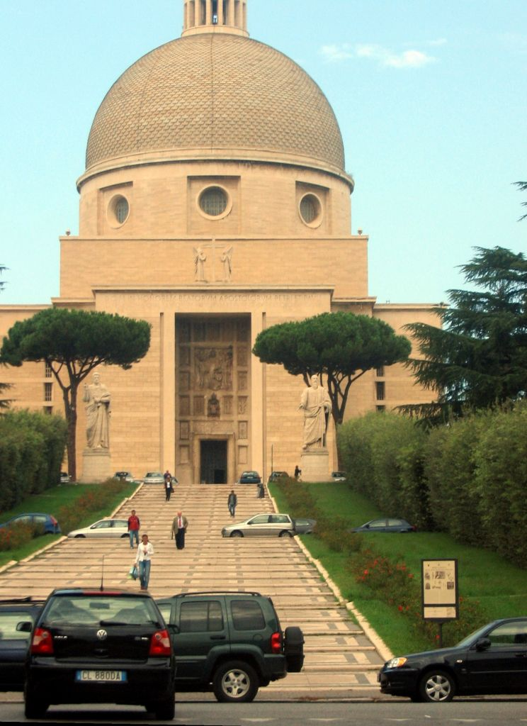 Sightseeing Walking Tour In Eur Rome Italy