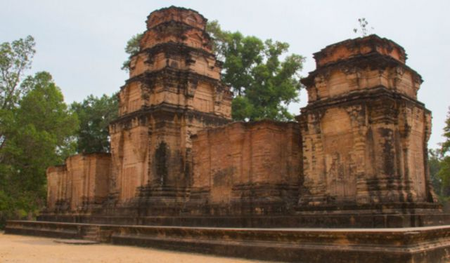 Siem Reap in Cambodia. My Visit to Angkor Thom and Tonle Sap