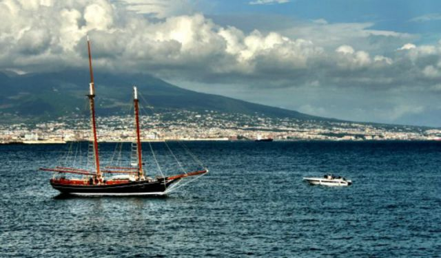 Italy: Things to Do in Naples