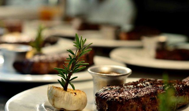 Dine Like a Celebrity at BOA Steakhouse on Sunset