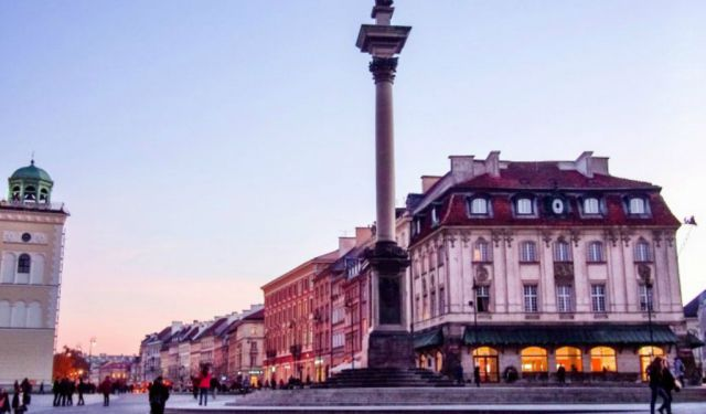 How to Spend 24 Hours in Warsaw
