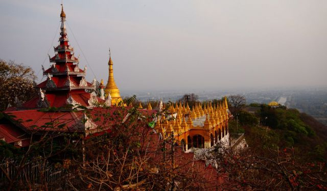 Mandalay Moments: A City Guide