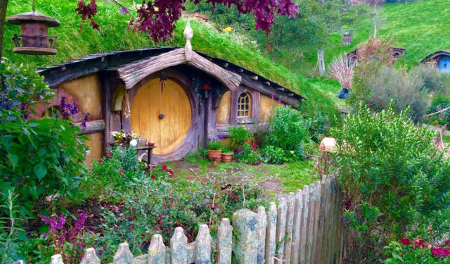 Hanging out with Hobbits in Matamata (Hobbiton)