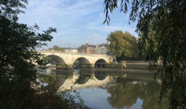 A Walk from Eel Pie Island, Twickenham to Richmond Bridge