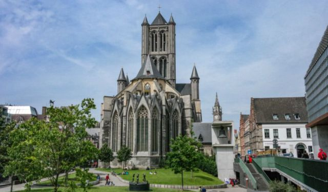 Day Trippers: An Afternoon in Ghent