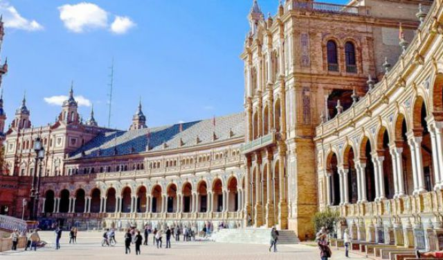Planning to Visit Seville? Here's the Travel Guide