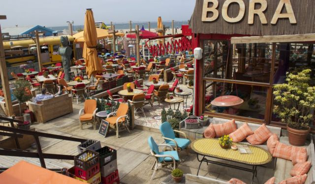 15 Most-Vibrant Beach Clubs in Den Haag, Netherlands