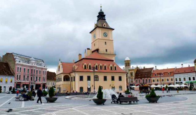 11 Essential Things to Do in Brasov