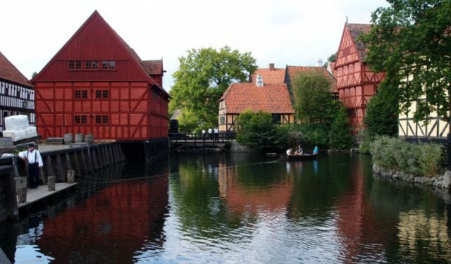 Den Gamle By – A Glimpse of Old Town Aarhus