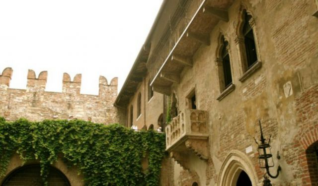 Verona Travel Guide