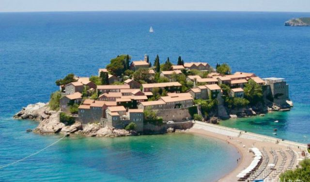 Mesmerized by the Luxurious Sveti Stefan Montenegro