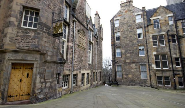 A Literary Tour of Edinburgh: A Book Lover's Haven