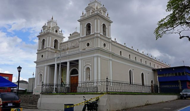A Self-Guided Walking Tour in San Jose, Costa Rica