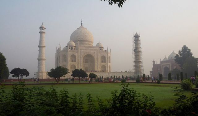 The Dos and Don'ts of Visiting Taj Mahal