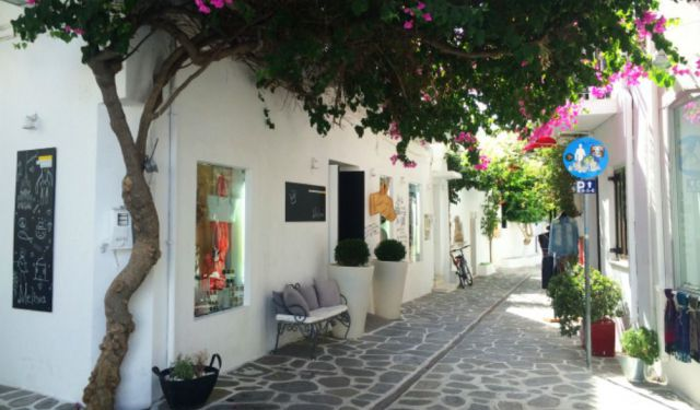Top 5 Things to See and Do in Paros
