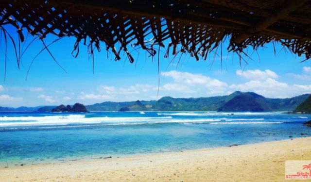 Travel Guide Kuta Lombok – Things to Do, Eat, Party