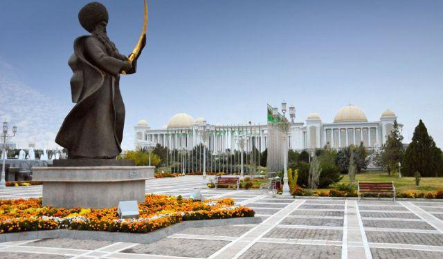 Ashgabat turkmenistan What Languages