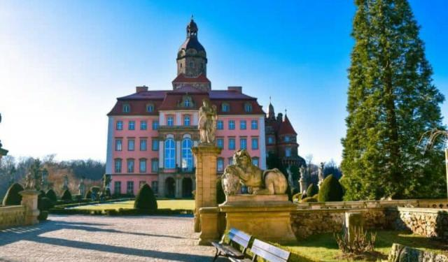 Ksiaz Castle: A History Steeped in Mystery