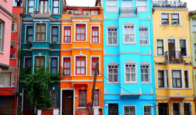 Discovering the Multi-Cultural Face of Istanbul