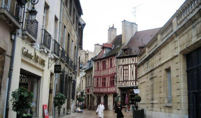Experience Dijon, France on Foot