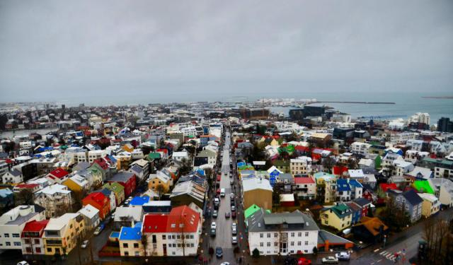 Iceland – 5 Days of Big Jumpers, Hot Chocolate and...