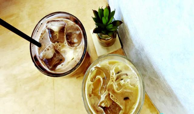 10 Nearby Cafes and Bars in Singapore