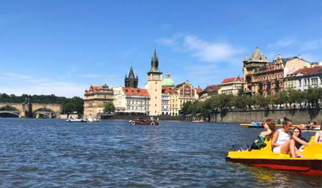 9 Unique Prague Date Ideas