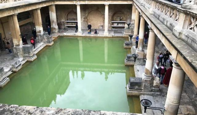 Bathing and Cursing Like a Roman in Bath, England