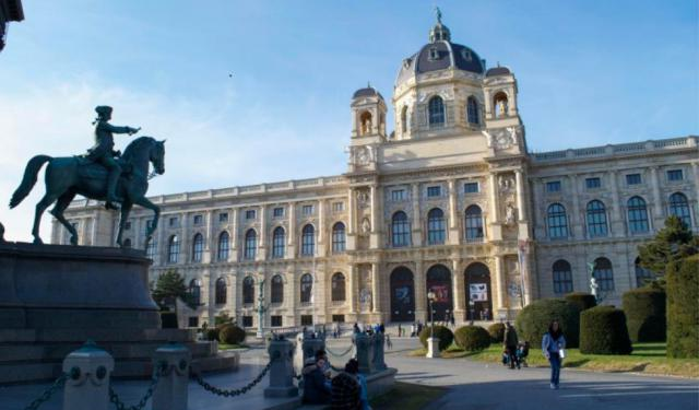 20 Things to Know Before Visiting Vienna, Austria