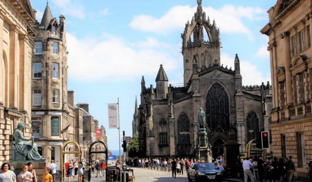 2-Day Jam-Packed Edinburgh Itinerary