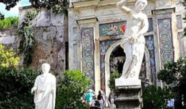 Villas and Palazzos in Rome