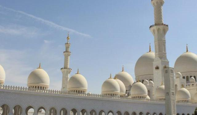 4 Things to Do in Abu Dhabi on a Layover