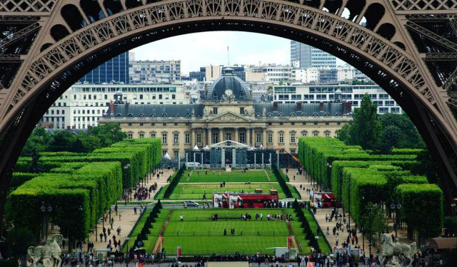 22 of the Best Parks and Gardens to Relax in Paris