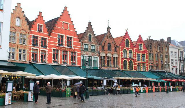 A Self-Walking Tour of Bruges, Belgium