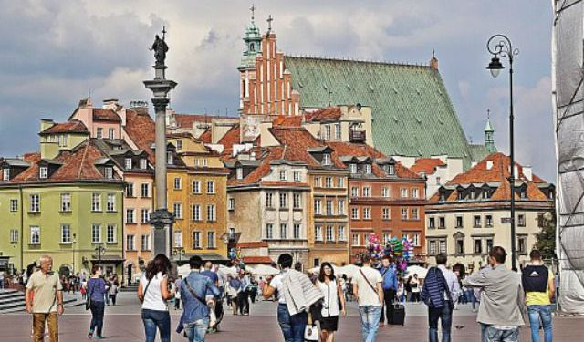 Warsaw: The City of Contrasts